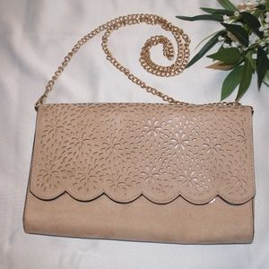 Nude Aldo clutch with removable chain strap